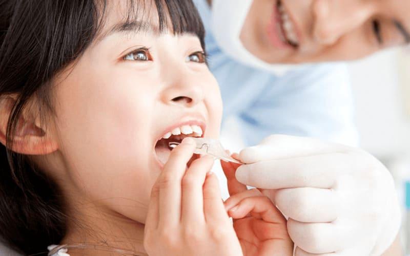 クリニック ん 歯科 じ 矯正 の